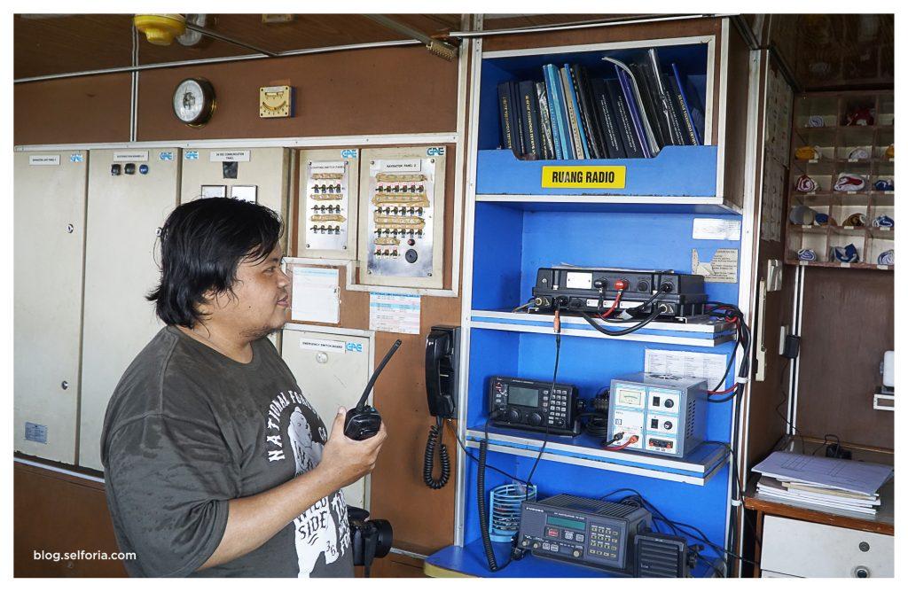 radio komunikasi