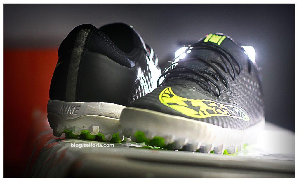 [Pamer dikit] gear baru penerus nike elastico pro yang udah uzur : Nike Elastico Finale III TF (diskonan)