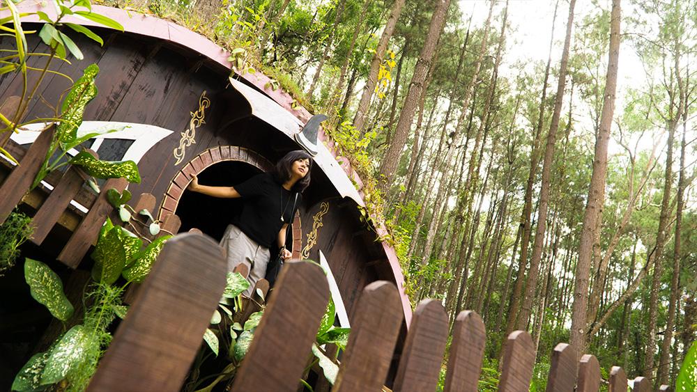 Rumah Hobbit Mangunan